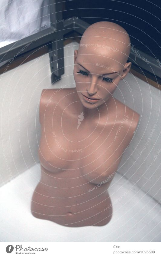 Come back soon Beautiful Feminine Woman Adults Head Breasts Bald or shaved head Eyelash Mannequin Esthetic Cold Naked Boredom Reluctance Longing Loneliness