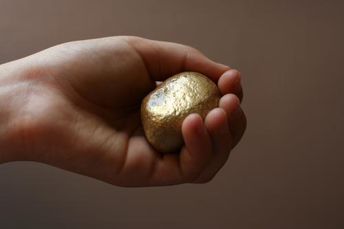 Rhine gold nugget Child Hand Fingers 1 Human being 8 - 13 years Infancy Stone Gold Glittering Happy Avaricious Nuggets false gold False Retentive Donate Find