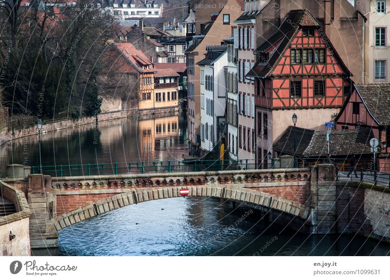 Vacation & Travel City House (Residential Structure) Building Living or residing Idyll Tourism Trip Europe Bridge Romance River Tradition Traffic infrastructure France Old town