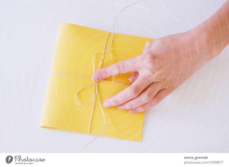 Hand Joy Yellow Style Happy Feasts & Celebrations Lifestyle Leisure and hobbies Design Elegant Birthday Esthetic Gift Easter Wedding Anticipation
