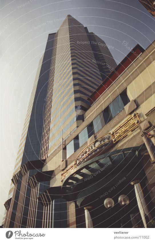 Graffiti Architecture High-rise