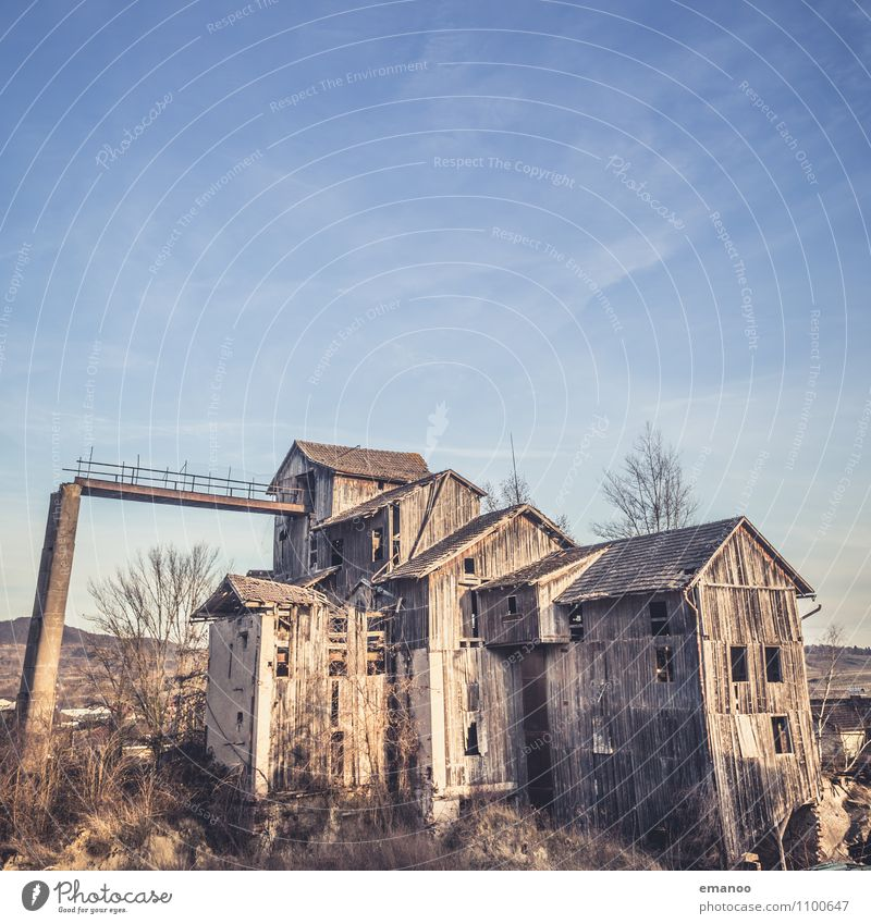 haunted house Vacation & Travel Sightseeing Sky Village Outskirts House (Residential Structure) Hut Industrial plant Factory Ruin Building Architecture Facade