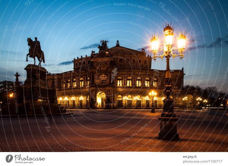 All just theatre Vacation & Travel Tourism Trip Sightseeing City trip Night life Theatre Sky Night sky Dresden Saxony Germany Town Manmade structures Building