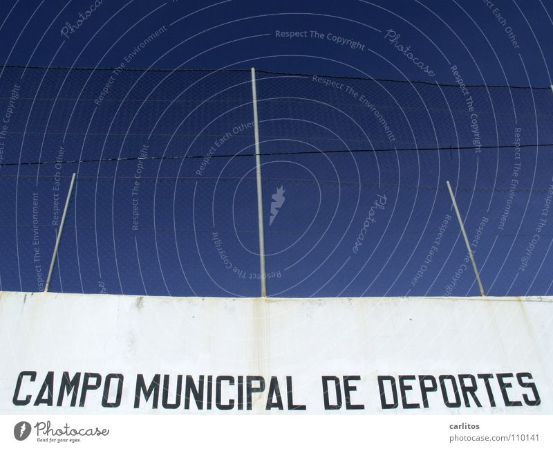 News from Spocht Spain Balearic Islands Majorca Sporting grounds Red card Wall (building) White Fence Blue Architecture Joy Sports Playing training camps