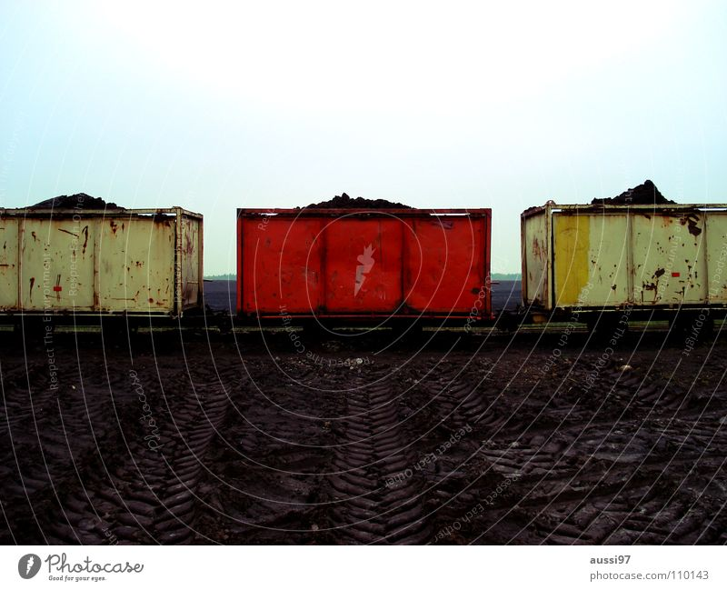 Red Loneliness Transport Railroad Logistics Railroad tracks Middle Graphic Platform Outsider Parties Rail transport SPD Ticket collector Narrow gauge railroad