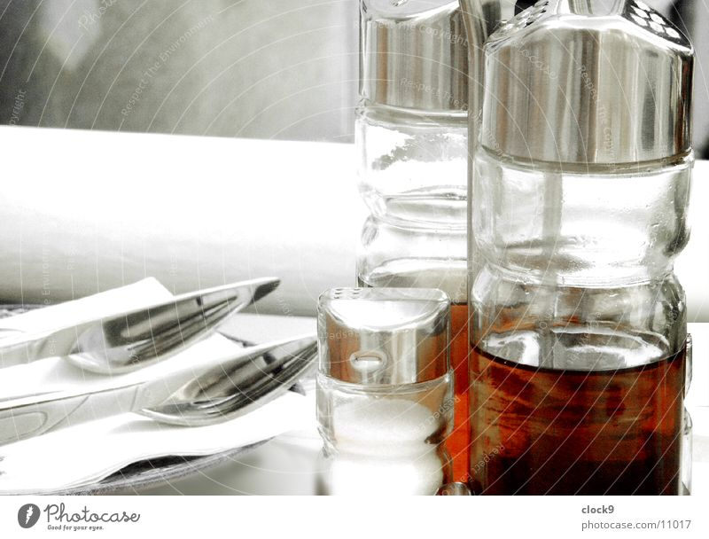 oil_vinegar Restaurant Table Accessory Kitchen Cooking Nutrition