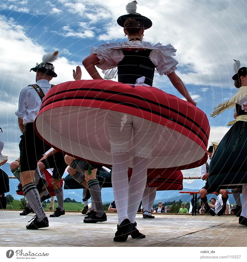 humming top Bavaria Traditional costume Dance floor Costume Folklore music Rotation Tuft of chamois hair Rieden Allgäu Blouse Rotate Beat Shorts Men's leg