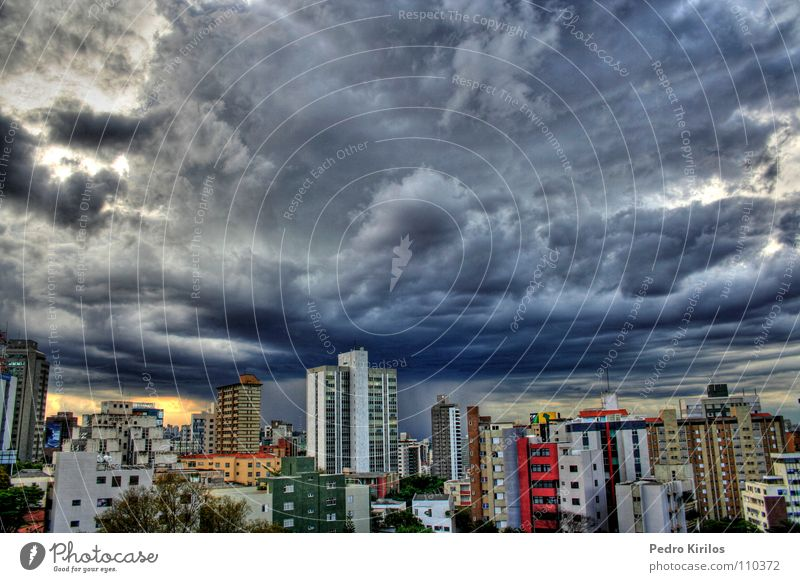 It´s a raniy day Brazil HDR Winter rain chuva pedrokirilos Belo Horizonte color buildings predio