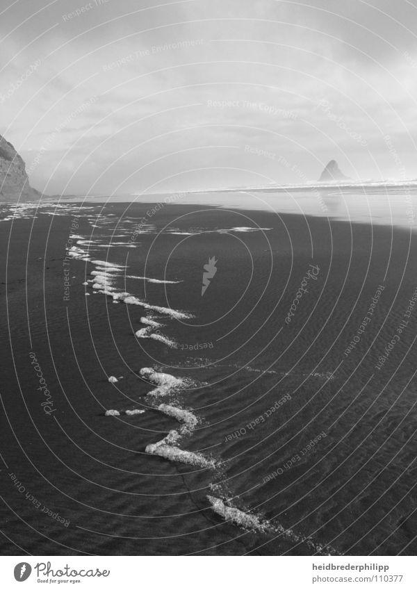 A delicate trace Wanderlust Transience Ocean New Zealand Horizon Foam Black & white photo Sand