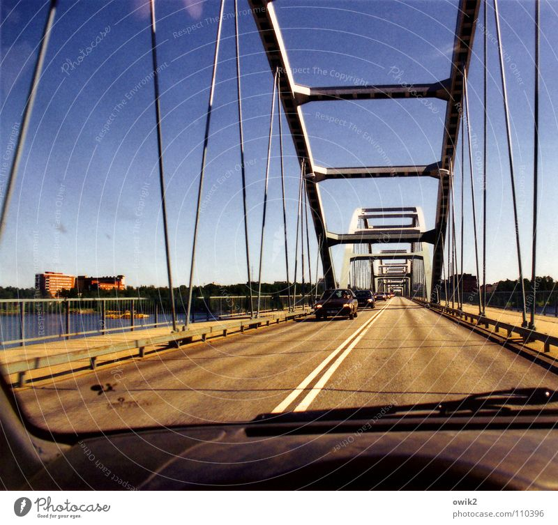 City House (Residential Structure) Far-off places Street Metal Car Transport Bridge Logistics Safety Manmade structures Traffic infrastructure Construction Bridge railing In transit North
