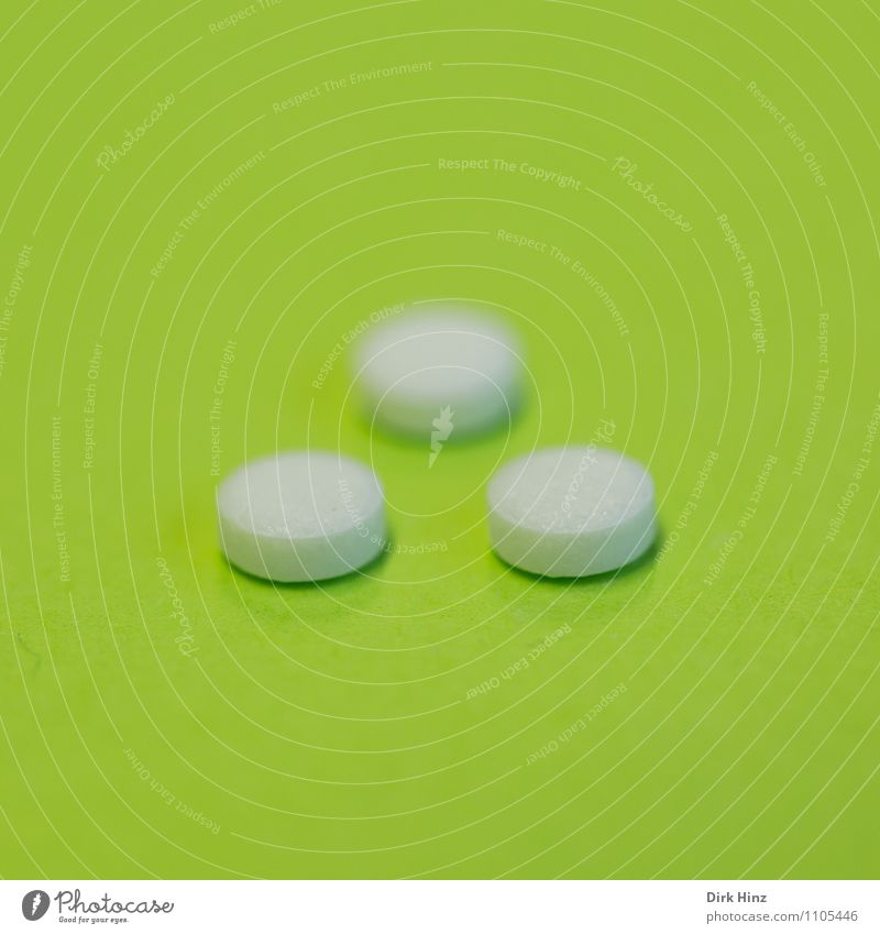 pill Sign Round Green White Pain Advancement Healthy Health care Hope Risk Addiction Trust Medication Pill dose Harmful to health Health hazard