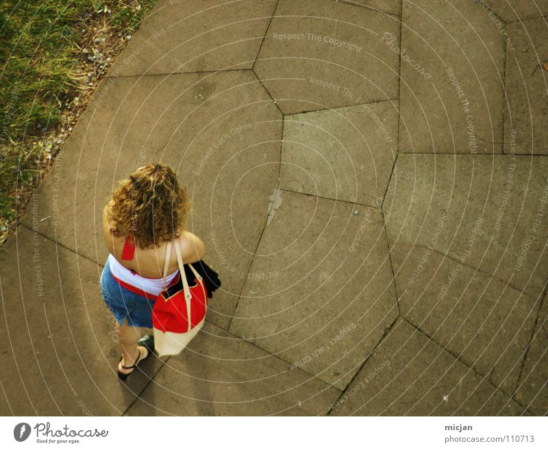 Woman Girl Above Garden Lanes & trails Line Park Leisure and hobbies Blonde Going Wait Walking Hiking Stand Floor covering To go for a walk