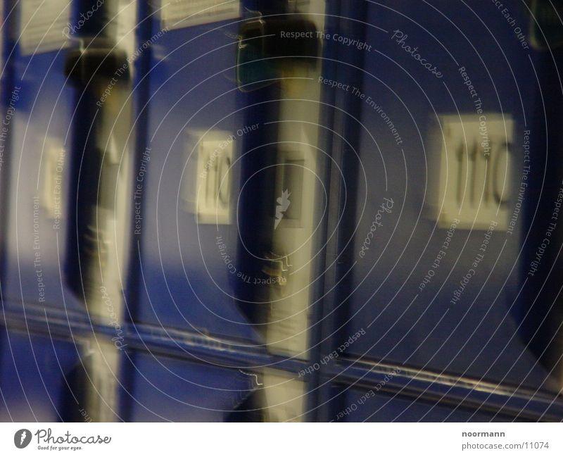 safe-deposit boxes Blur locker Blue