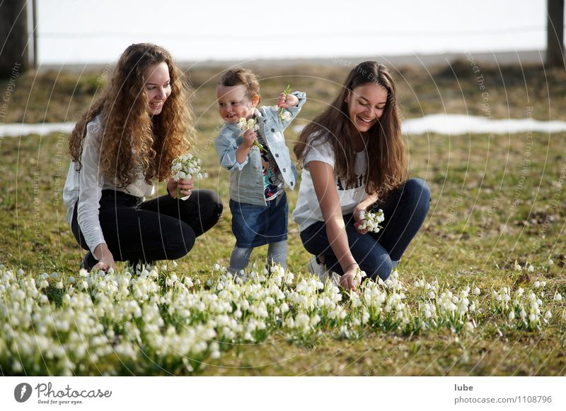 Three Sisters Human being Feminine Girl Young woman Youth (Young adults) 3 Environment Nature Spring Flower Garden Park Meadow Happy Beautiful Joy Happiness