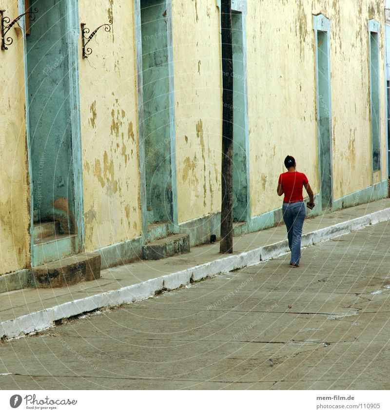 Woman Red Street Transport Jeans To go for a walk Rotate Cuba South America Havana Cuban