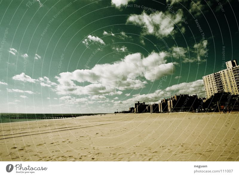 Sky Blue City Vacation & Travel Beach Ocean Clouds Coast Horizon Americas New York City Atlantic Ocean Outskirts Clouds in the sky Sandy beach Vanishing point