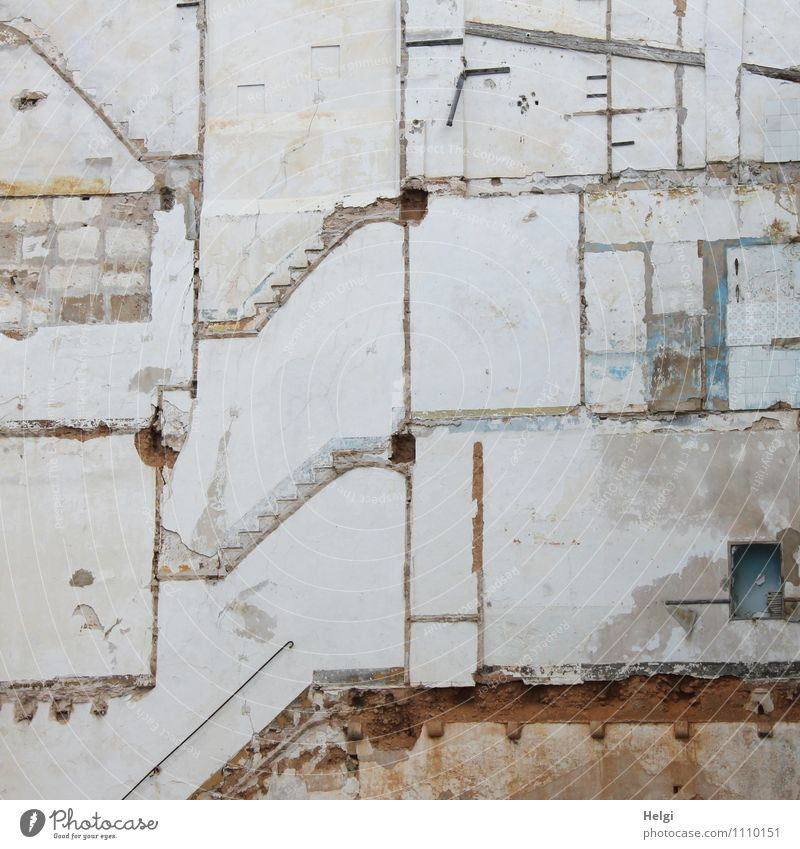 lifeline House (Residential Structure) Manmade structures Building Architecture Wall (barrier) Wall (building) Stone Wood Line Stand Living or residing