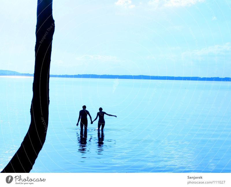 Freshly in love IV Lake Chiemsee Ocean Waves Reflection Clouds Bavaria Summer Vacation & Travel Lovers Cold Wet Hold hands Water Blue Coast Sky August Couple