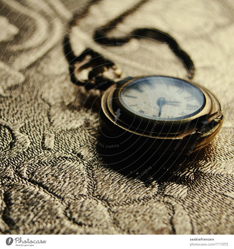 Old Metal Glittering Glass Gold Time Broken Clock Transience Luxury Jewellery Cute Chain Noble Ancient Memory