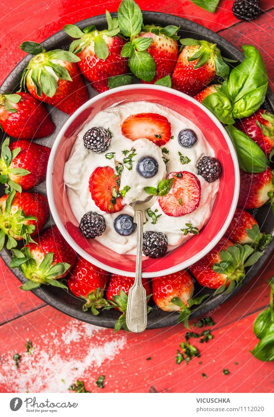 Bowl with quark and summer berries Food Yoghurt Dairy Products Fruit Dessert Nutrition Breakfast Organic produce Vegetarian diet Diet Spoon Style Design