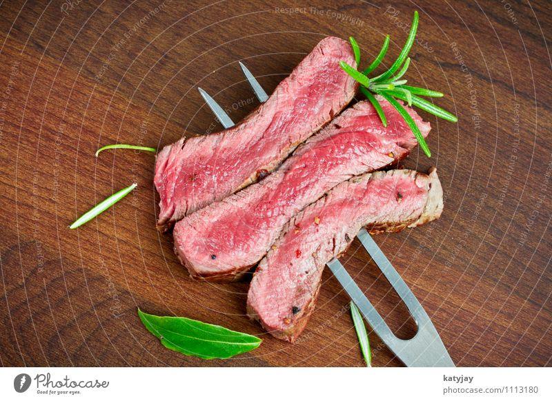 steak Steak Filet mignon Roastbeef Pork tenderloin Media Pepper Peppercorn hip steak Roast joint Beef Meat Wooden board Cattle Steakhouse Barbecue (apparatus)