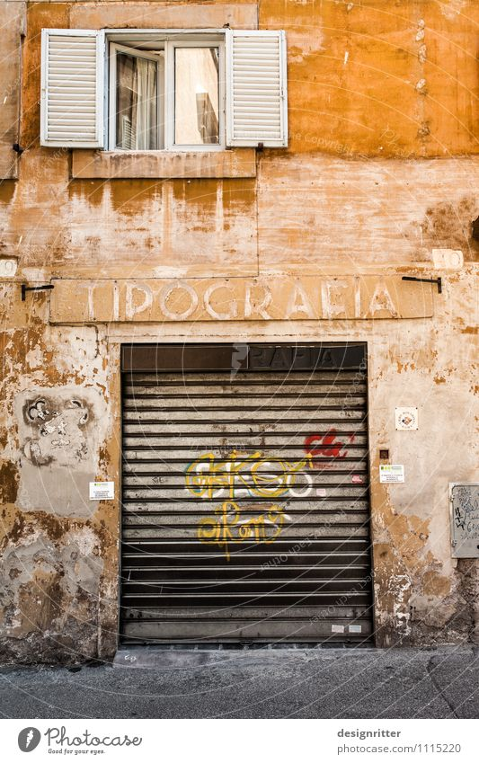 Old House (Residential Structure) Window Yellow Wall (building) Wall (barrier) Time Facade Dirty Door Closed Italy Transience Broken Past