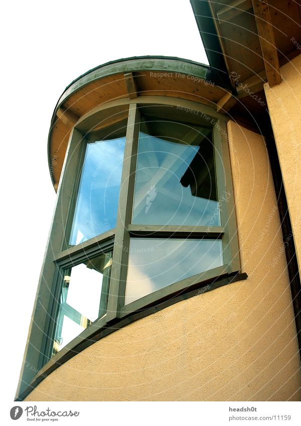 House (Residential Structure) Window Architecture Modern Round Spirited