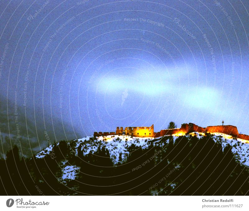 Snow Lighting Fear Castle Derelict Ruin Panic Spook Time travel Haunted castle