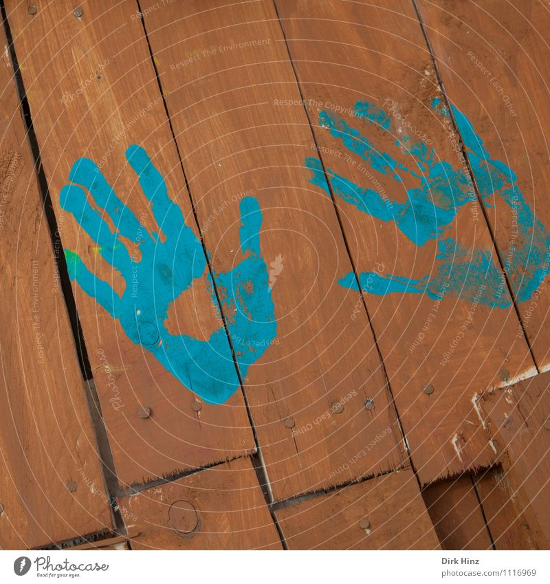 by hand Sign Signs and labeling Blue Brown 2 Hand Wooden wall Fence Imprint Colour Childrens birthsday Children's Party Kindergarten Parenting Playing Label