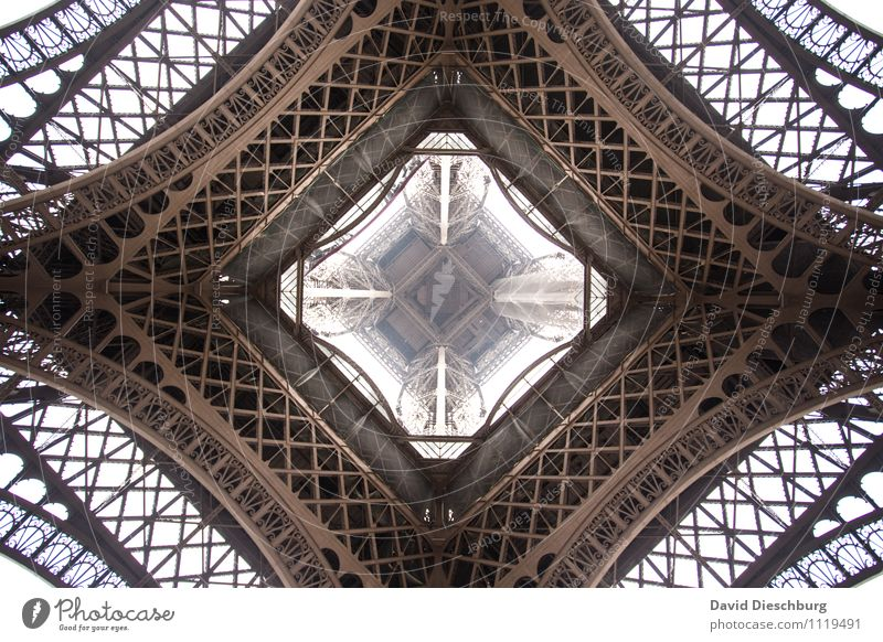 Eiffel Tower Vacation & Travel Tourism Sightseeing City trip Downtown Manmade structures Tourist Attraction Landmark Brown Black White Trade Tradition Town