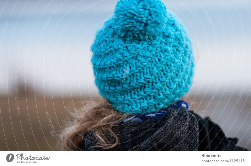 bobble cap, bobble cut Far-off places Freedom Winter Human being Feminine Young woman Youth (Young adults) Woman Adults 1 13 - 18 years Child 18 - 30 years