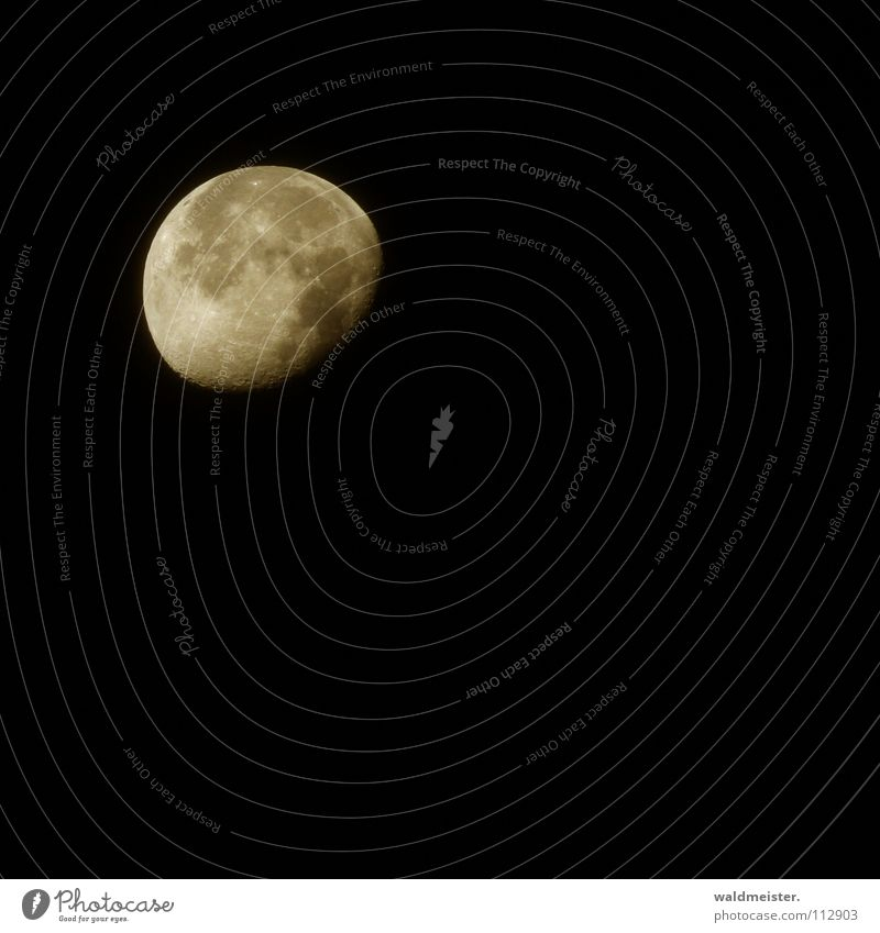 Sky Dream Moon Planet Celestial bodies and the universe Volcanic crater Astronomy Werewolf Astrology Moonstruck Decreasing Astrophotography