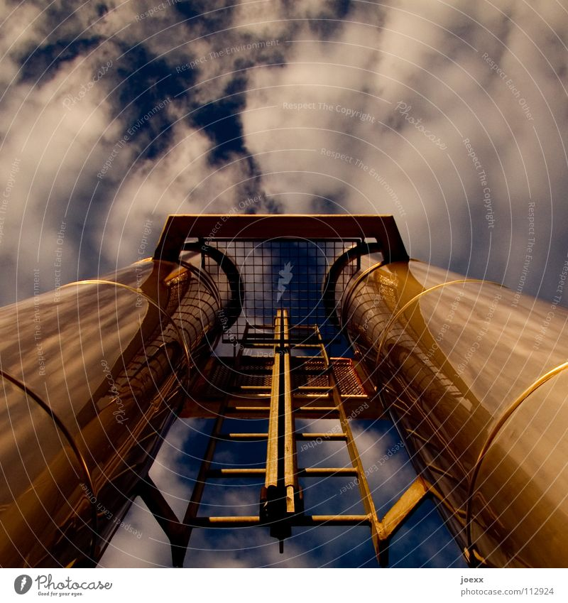 Sky Nature Clouds Environment Moody Tall Climate Industry Industrial Photography Cloth Factory Mask Rust Environmental protection Exhaust gas Iron-pipe