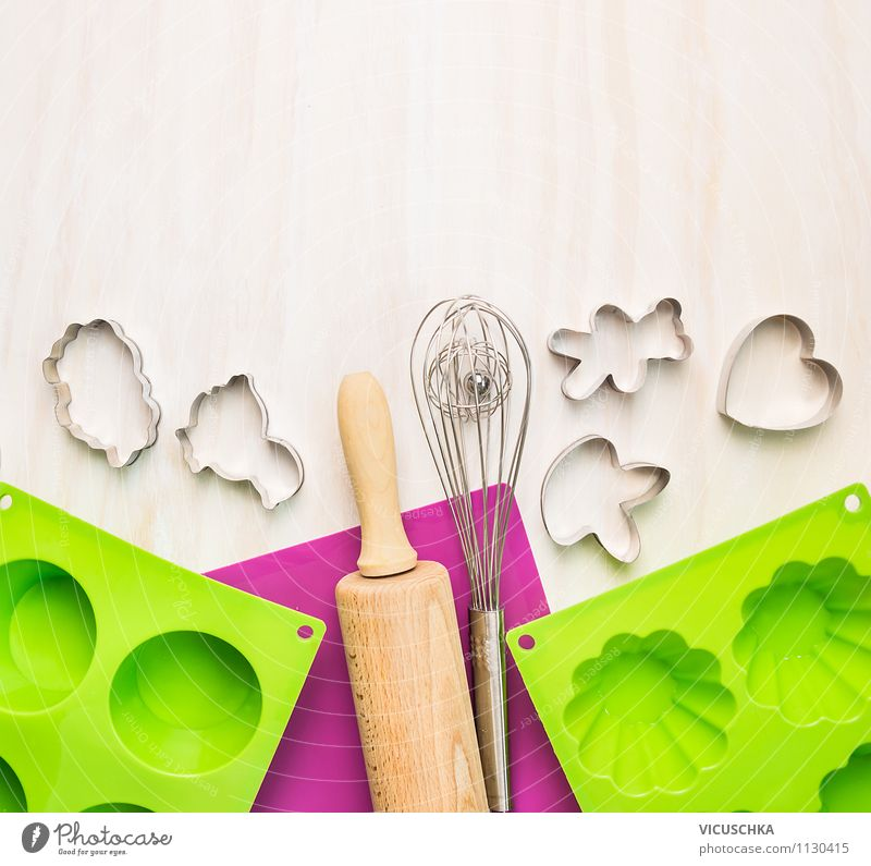 Kitchen utensils for baking Dough Baked goods Crockery Style Design Leisure and hobbies Table Cook Gastronomy Wooden spoon Pink Background picture Top Muffin