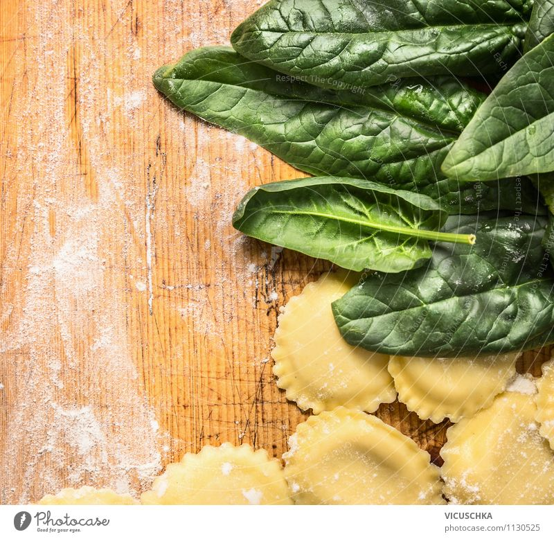 Ravioli with spinach Food Vegetable Nutrition Lunch Dinner Banquet Organic produce Vegetarian diet Diet Italian Food Style Design Healthy Eating Life Tortellini