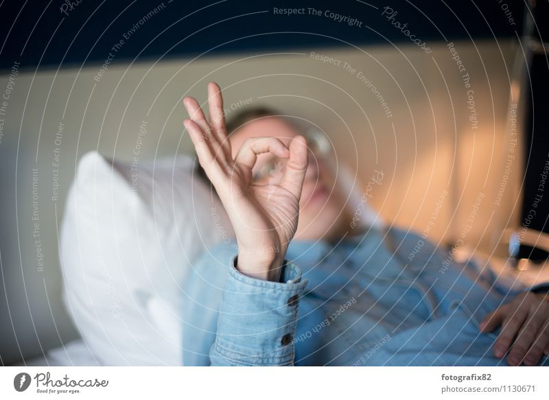 tunnel vision. Bed Masculine Man Adults Hand Fingers 1 Human being 30 - 45 years Blue White denim shirt Indicate Vista Lens shape Gesture Calm Colour photo