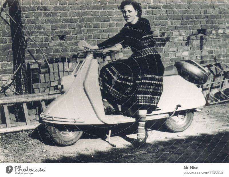 Vacation & Travel Youth (Young adults) Old Young woman Joy Feminine Fashion Leisure and hobbies Transport Trip Joie de vivre (Vitality) Retro Ancient Backyard Easygoing Scooter