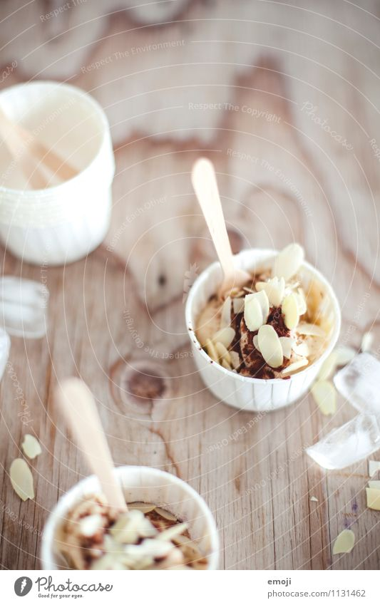 snack Dessert Ice cream Candy Nutrition Picnic Bowl Delicious Sweet Colour photo Interior shot Deserted Day Shallow depth of field