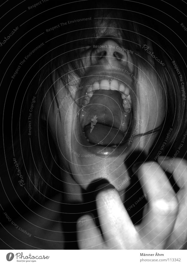 Woman Hand Face To talk Emotions Think Power Fear Force Teeth Anger Scream Passion Panic Know Aggravation