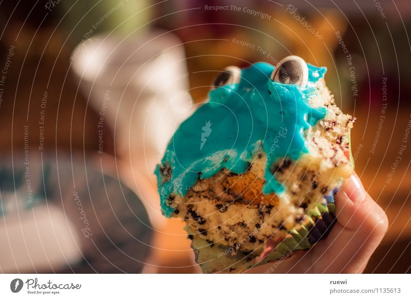 Muffin Monster 2 Food Dough Baked goods Dessert Candy Chocolate Marzipan Food colouring Buffet Brunch Overweight Leisure and hobbies Living or residing
