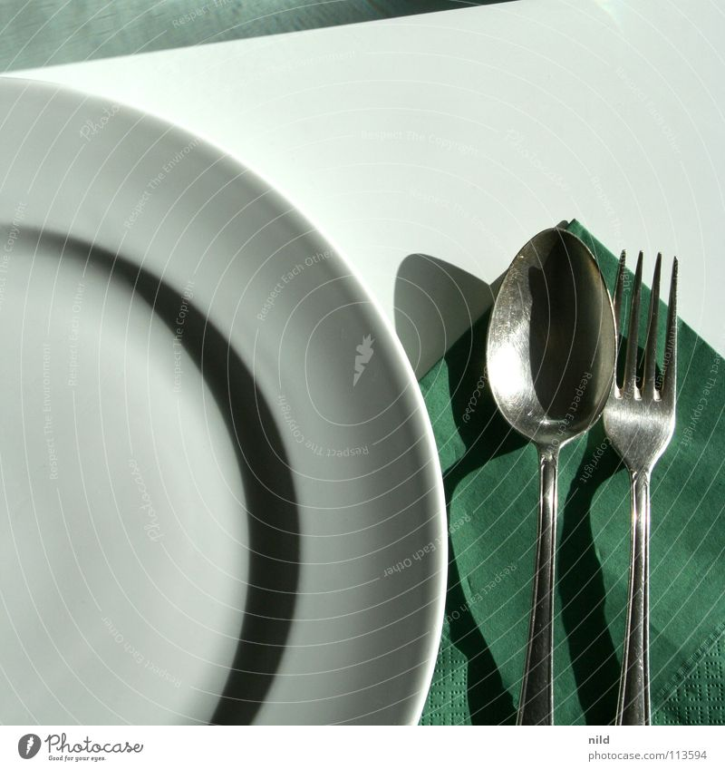 Green White Nutrition Wait Table Round Kitchen Cooking & Baking Simple Square Appetite Plate Silver Graphic Fork Cutlery