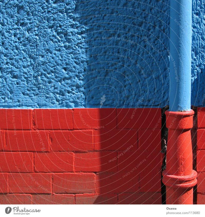 Water Blue Red Summer House (Residential Structure) Colour Wall (building) Stone Wall (barrier) Building Fear Pipe Manmade structures Rainwater Camouflage