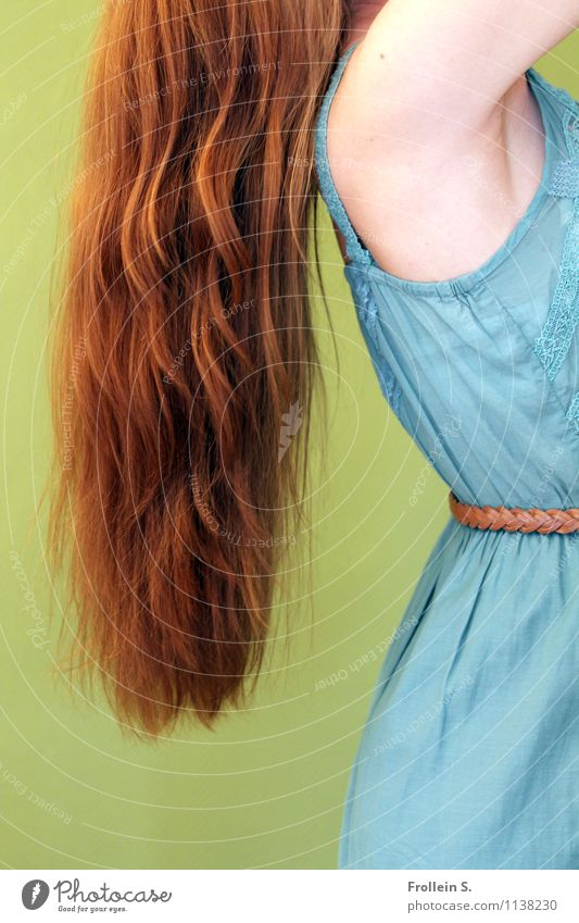 Rapunzel Feminine Young woman Youth (Young adults) Hair and hairstyles Arm Shoulder 1 Human being 18 - 30 years Adults Fashion Dress Red-haired Long-haired Curl
