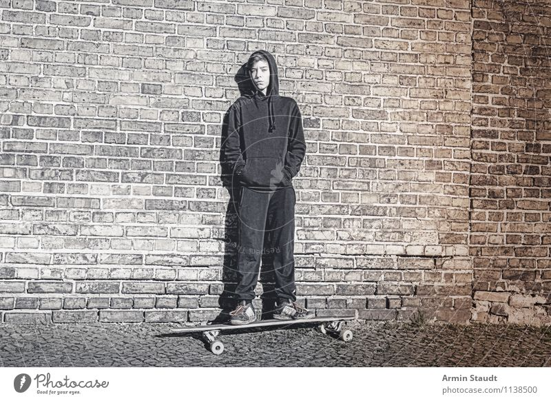 Human being Child Youth (Young adults) Young man Dark Wall (building) Style Sports Wall (barrier) Lifestyle Masculine 13 - 18 years Stand Culture Uniqueness Cool (slang)