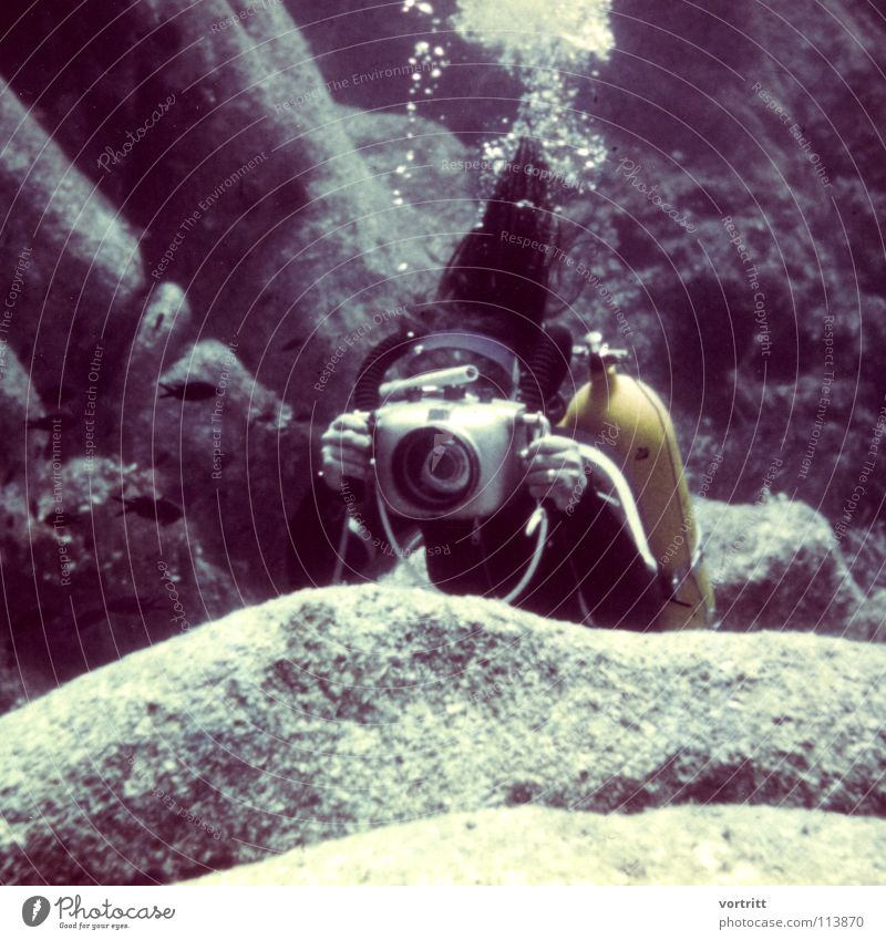 Water Old Style Art Underwater photo Eyeglasses Camera Dive Suit Surface Take a photo Sixties Filming Snorkeling Arts and crafts  Lead