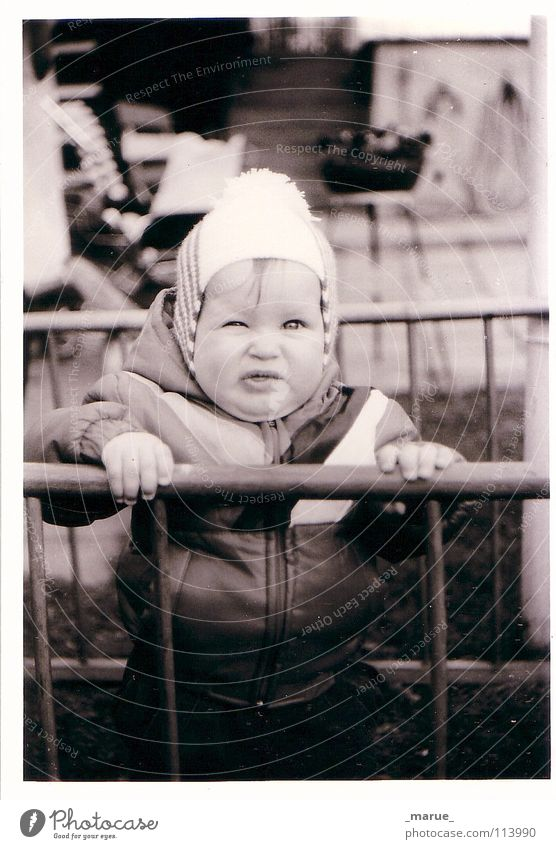 au_backe_! Small Diminutive Toddler Black White Grating Fence Cage Cap Wink Pinch Body fat Force Cheek Double chin Funny 1986 litte me marue Mary Former Garden