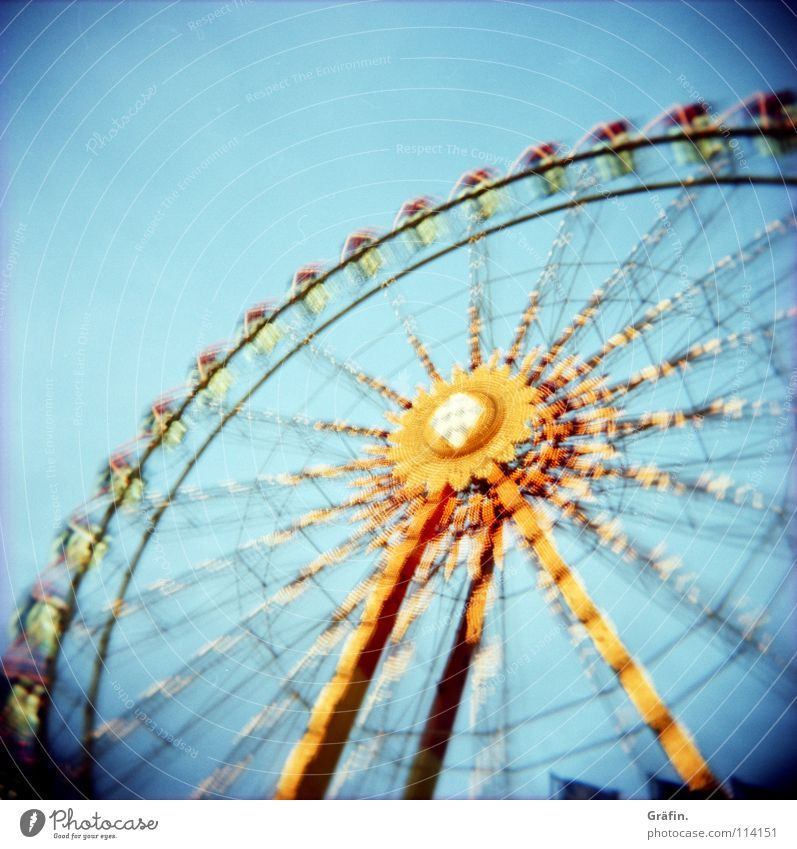 Joy Dark Large Childhood memory Might Round Romance Vantage point Rotate Fairs & Carnivals Dome Tradition Night sky Lomography Ferris wheel Wobble