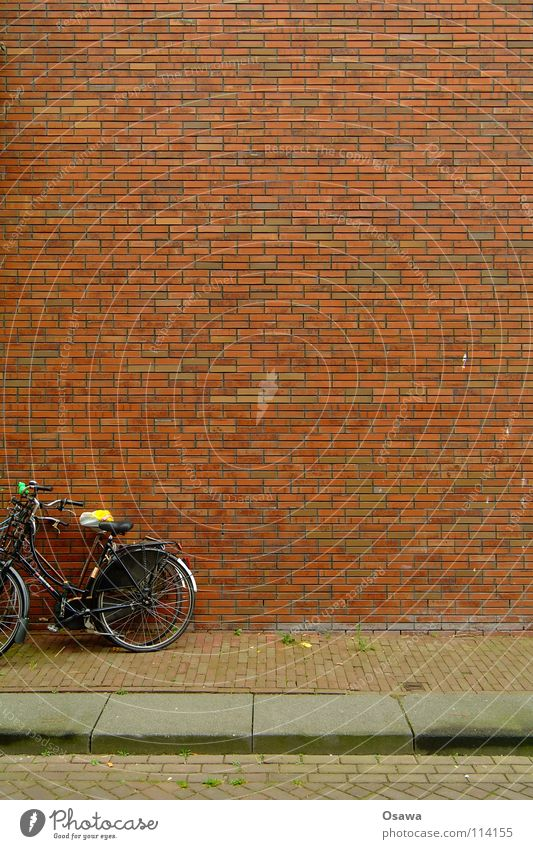 Bicycles with PC Cut Wall (building) Wall (barrier) House (Residential Structure) Building Seam Grid Structures and shapes Brick Sidewalk Transport Stone Lean