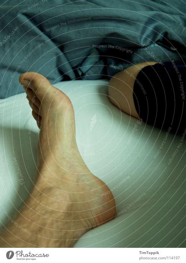 Man Blue Legs Feet Arm Skin Lie Sleep Bed T-shirt Wrinkles Fatigue Bedclothes Blanket Sweater Toes