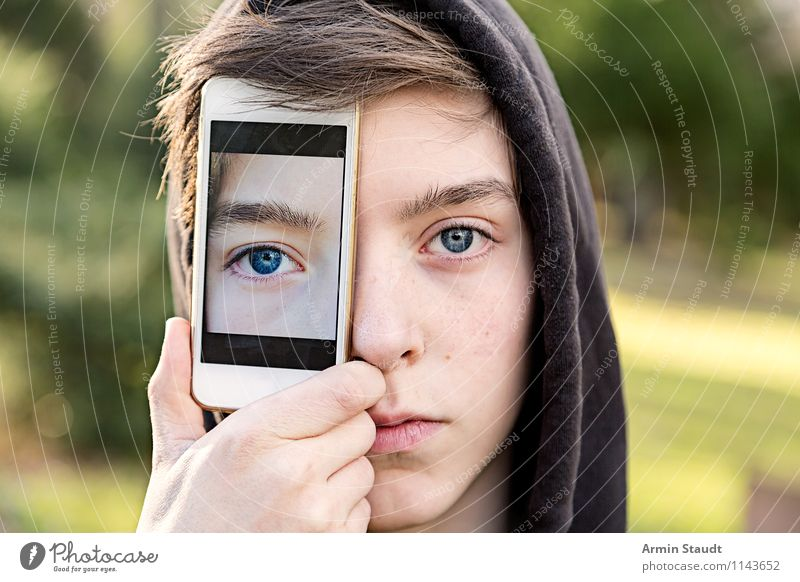 Human being Child Youth (Young adults) Young man Eyes Style Head Lifestyle Masculine Design 13 - 18 years Technology Telecommunications Youth culture Stop Cellphone